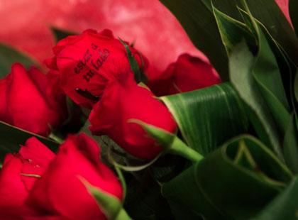 そして最後には2人の合言葉を入れた赤い薔薇の花束をプレゼント
