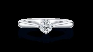 夏にまつわる婚約指輪のご紹介♡