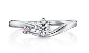 秋にぴったりの婚約指輪