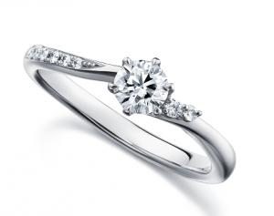 秋におすすめの婚約指輪☆