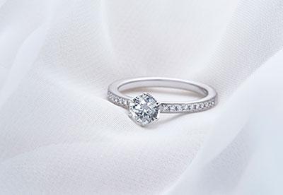 アイプリモの婚約指輪