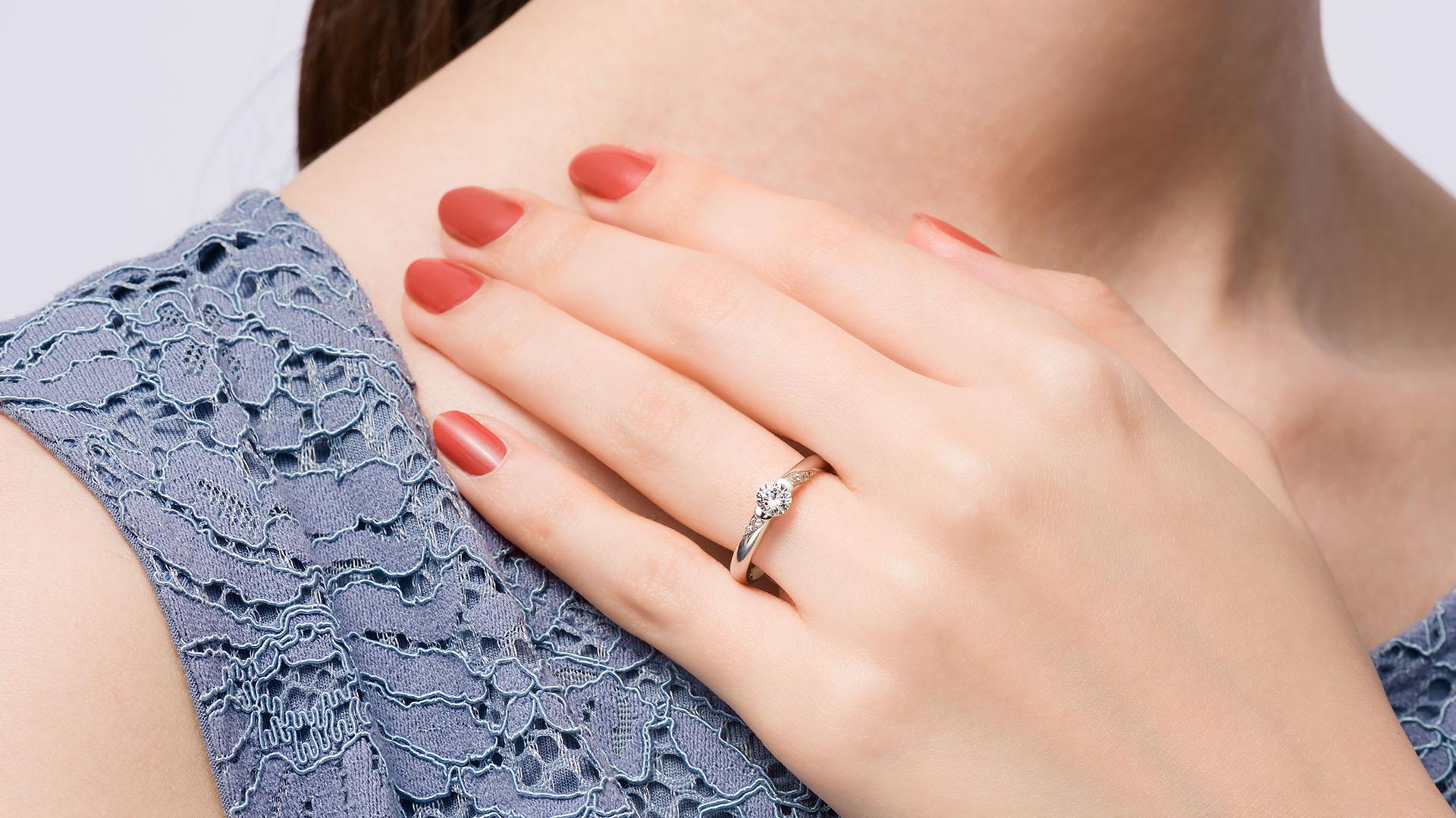 acrux アクルクス | 婚約指輪サムネイル 3