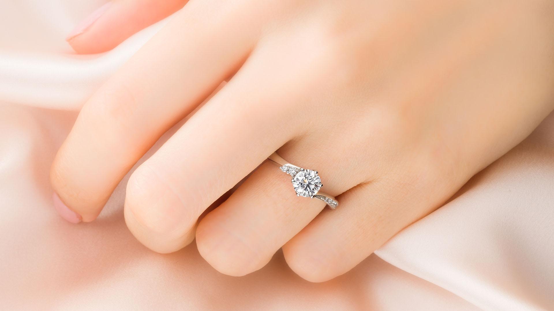 andromeda アンドロメダ | 婚約指輪サムネイル 4