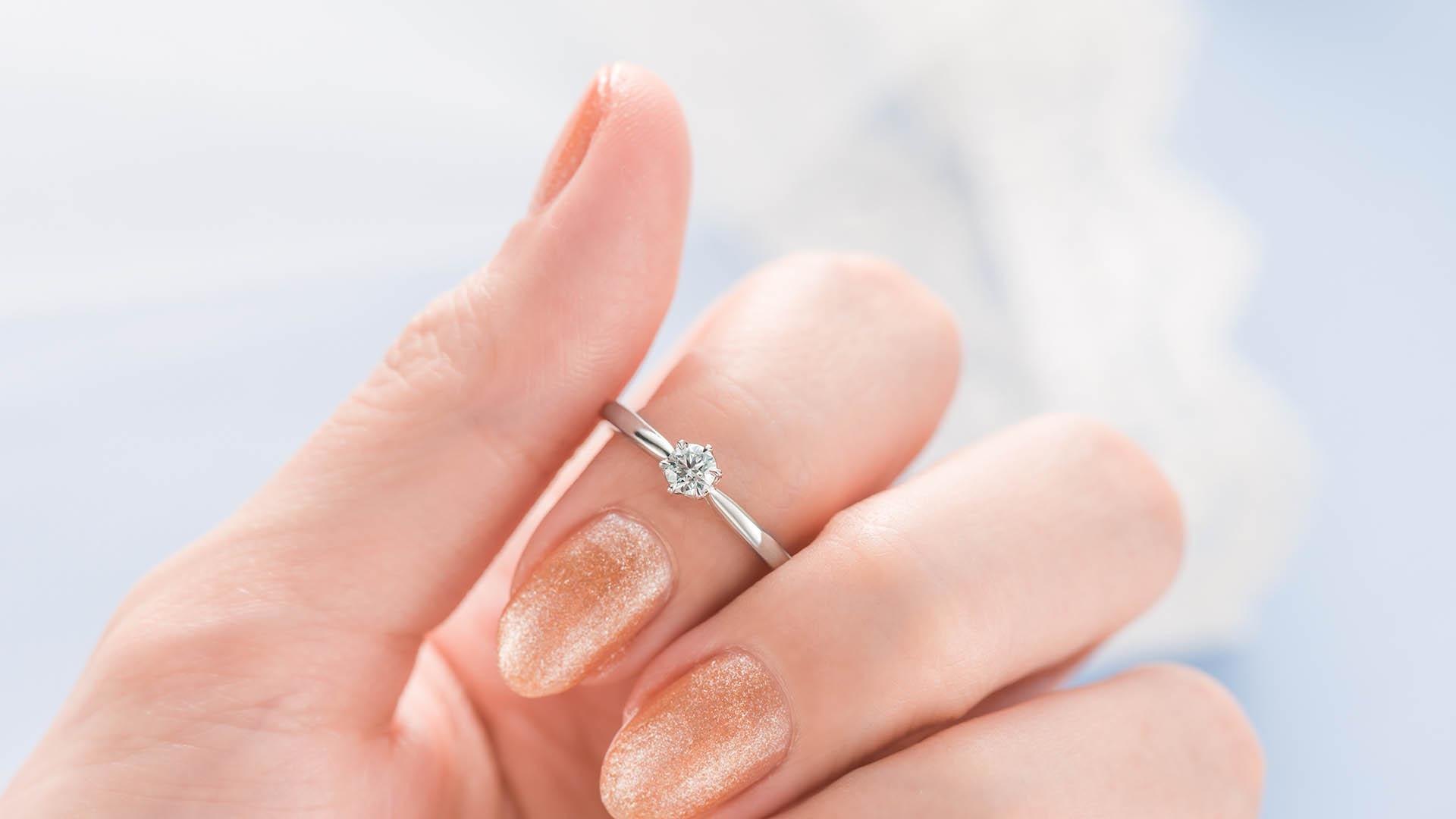 helia ヘリア | 婚約指輪サムネイル 4