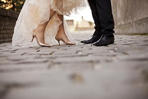 結婚式で新郎はどんな靴を履いたらいい?靴選びのポイント