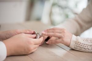 ■婚約指輪と結婚指輪のリングサイズの選び方の違いとは?