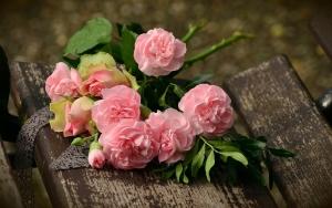 ピンク色の効果とピンクダイヤモンドの宝石言葉