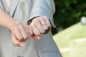 結婚指輪はシンプルに!購入後の口コミや飽きない選び方をご紹介