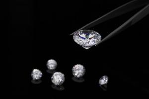 ダイヤモンドの起源や歴史をご紹介!超巨大カラットのダイヤモンドとは?