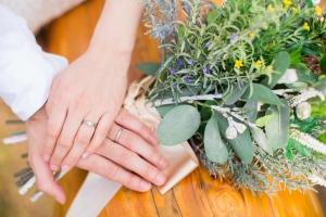 結婚指輪あり、婚約指輪なしはどうなのか?